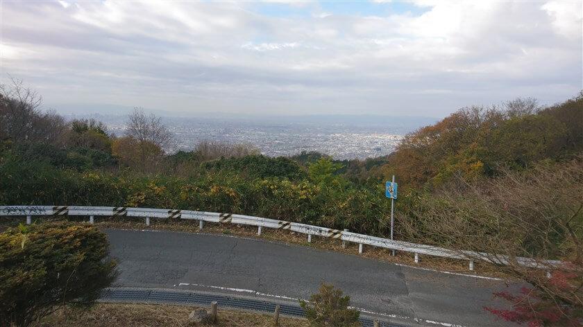 十三峠駐車場からの、大阪市街の眺望