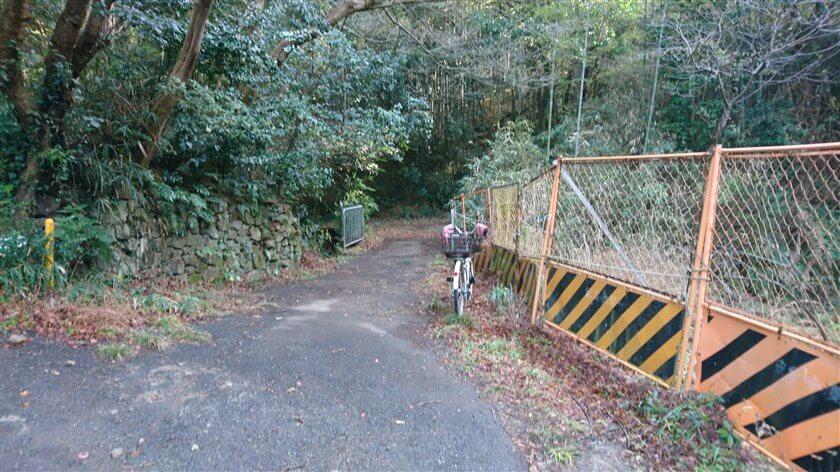 【立原道】ルートの登り口
