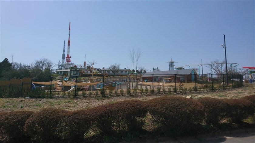 生駒山上遊園地を、東側から周遊する