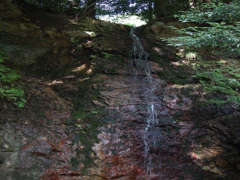 「祈りの滝」