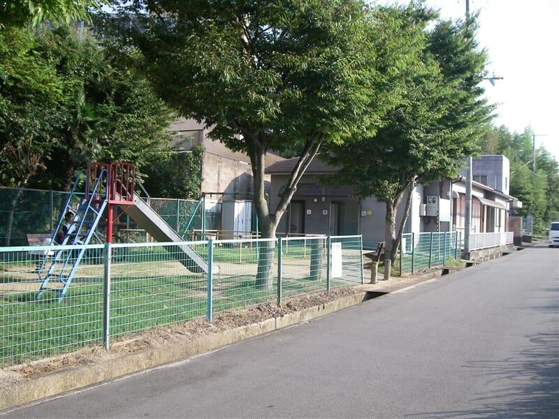 彼方児童公園で休憩