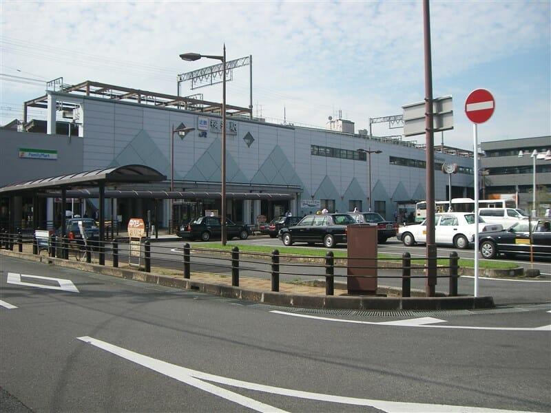近鉄桜井駅北口に駐車