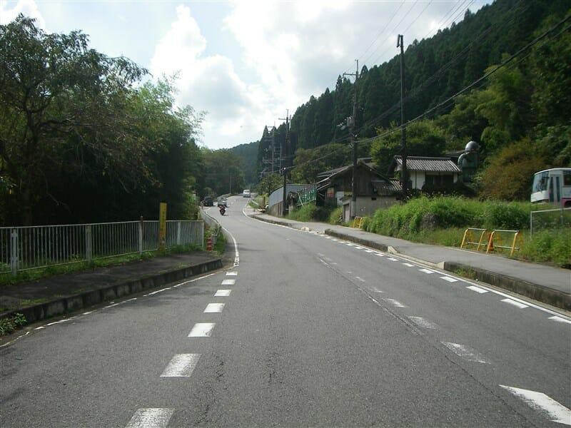 R37 談山神社に向かう坂