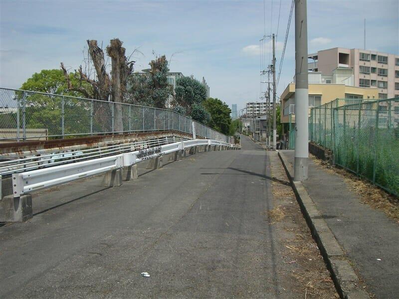 大阪市立大学手前を右折