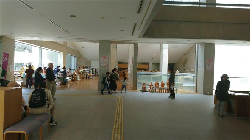 近つ飛鳥博物館の館内