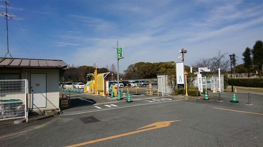 鶴見緑地中央第2駐車場