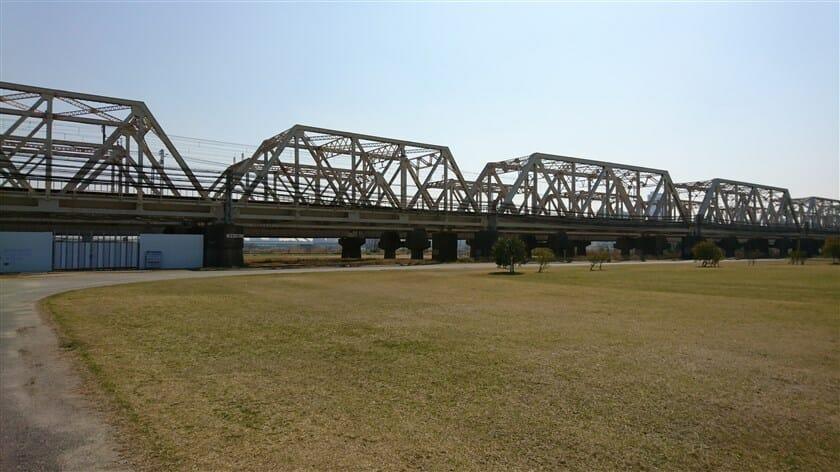 上淀川橋梁:JR京都線 / 東海道本線