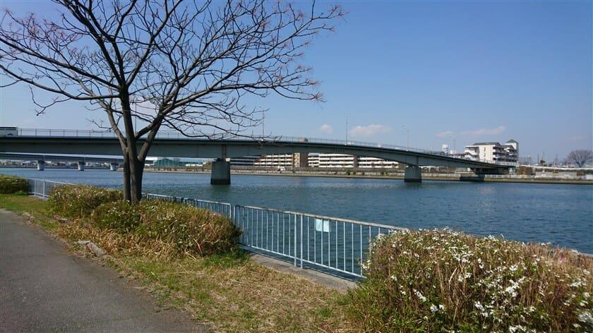 毛斯倫大橋(もすりんおおはし)