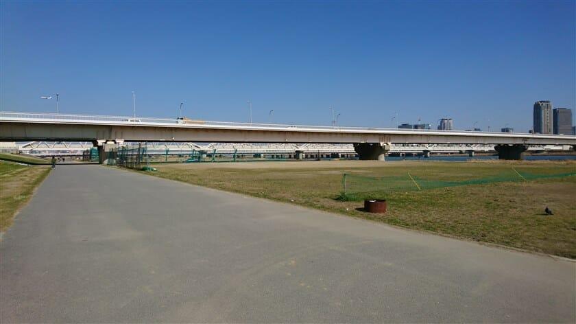 新十三大橋(しんじゅうそうおおはし)