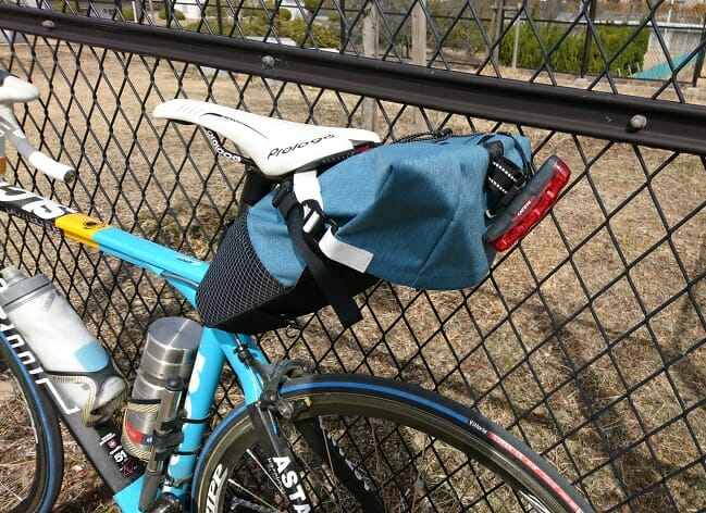 RawLow Mountain Works の Bike'n Hike Bag