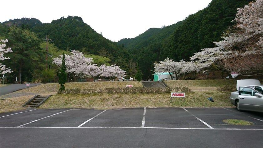 甲賀市あいの森ふれあい公園・青土ダムエコーバレイ 駐車場