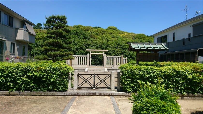 白鳥陵(日本武尊墓)