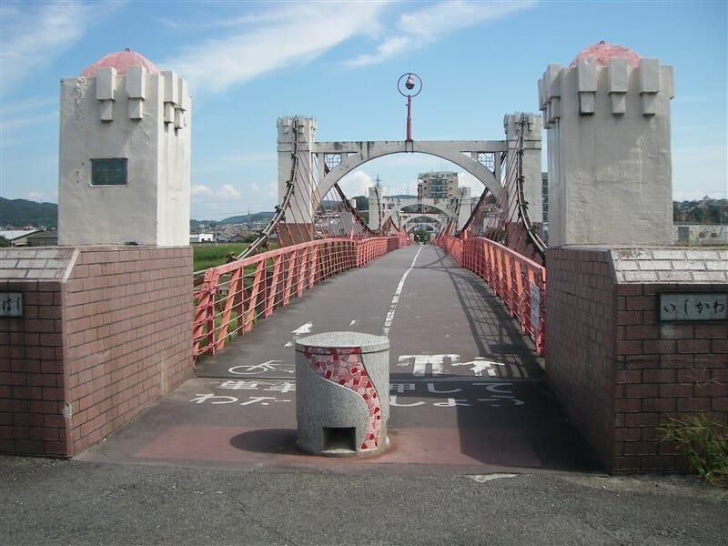 道明寺から石川を渡る玉手橋