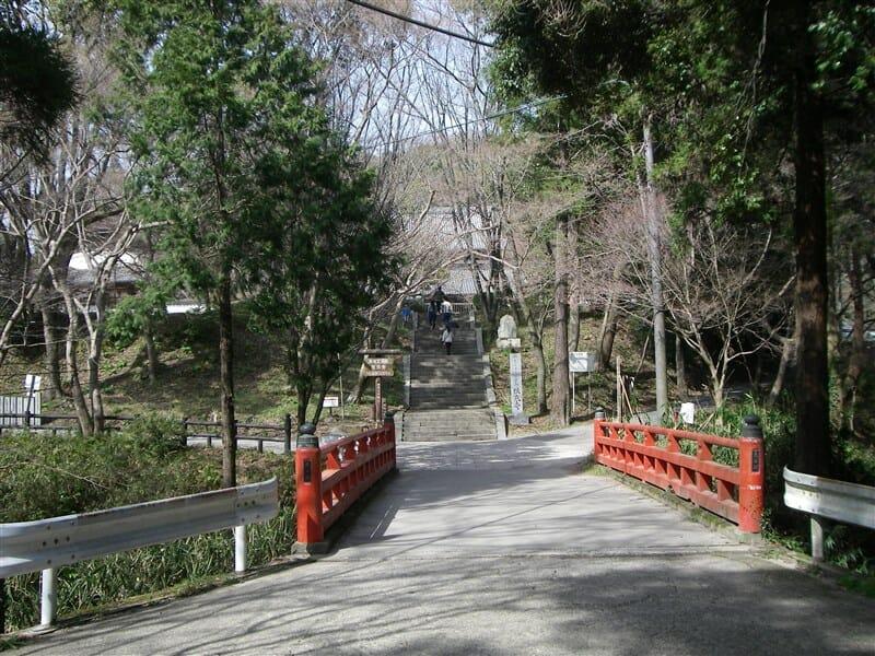 入山の橋(もみじ谷)