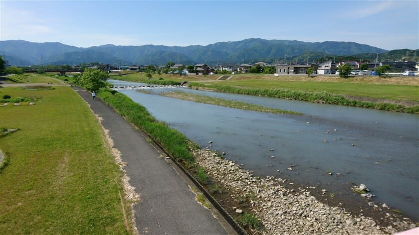 相川の川上方面