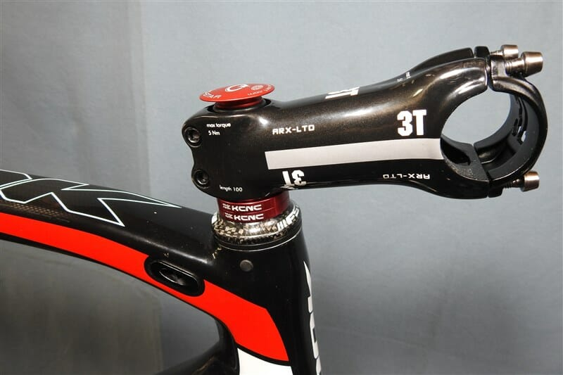 AEROSTEM を 3T Arx Ltd Carbon Stem に交換