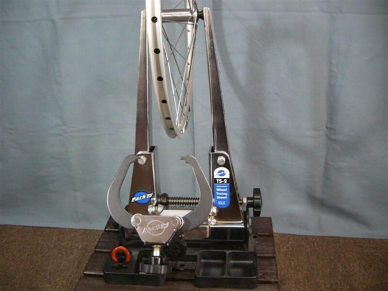 TIAGRA の FH-4500 HUB と Alexrims DA22 で小径車用のホイールを作る