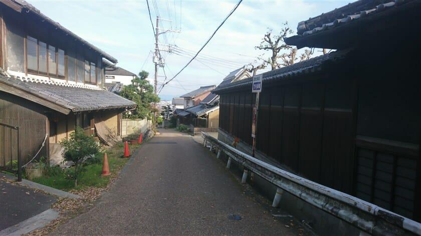 竹内峠を奈良県側に下った、竹内集落への入り口