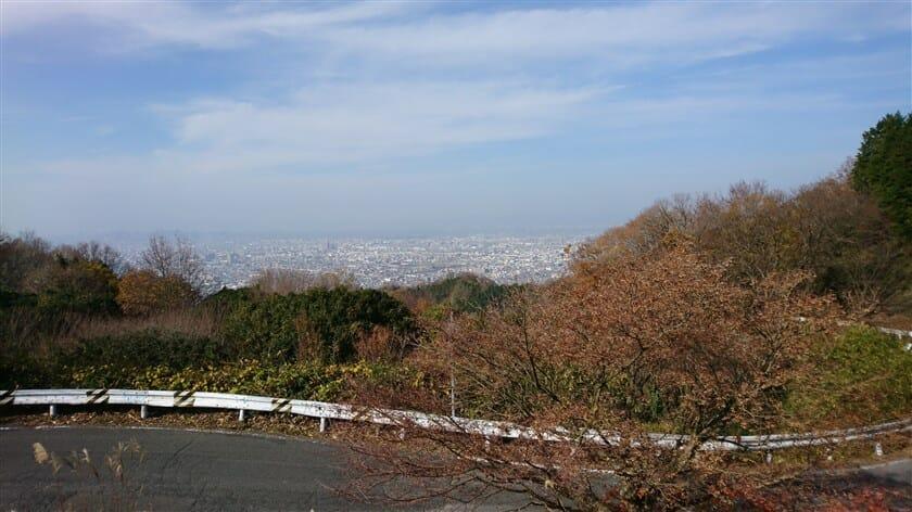 十三峠展望台からの、大阪市内の眺望