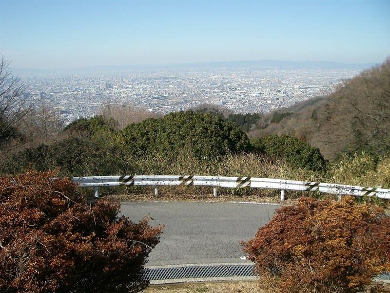 頂上の展望台からの眺め
