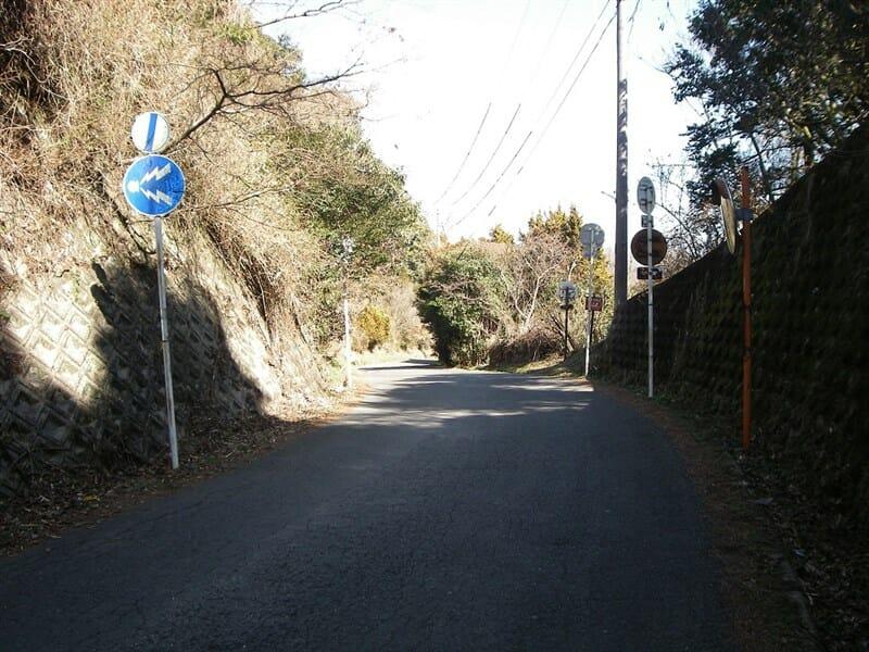 奈良県側への下り