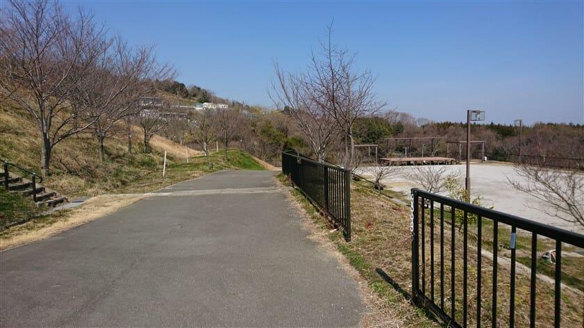 「竜田古道の里山公園」の様子