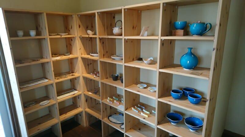 コモレビガーデン 店内で販売されていた、陶器類