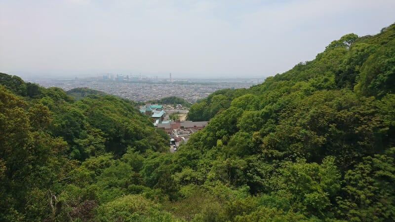 紀ノ川の河口、和歌山市方面を望む