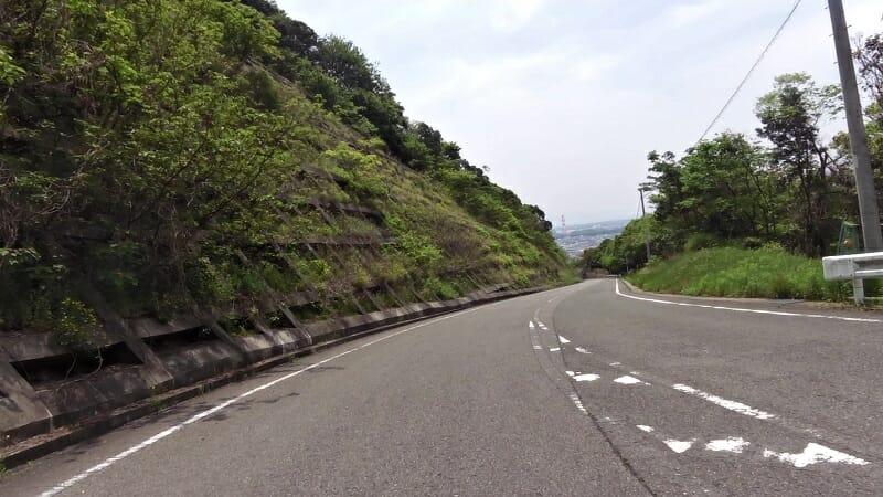 和歌山湾を望みながら、一気に下る