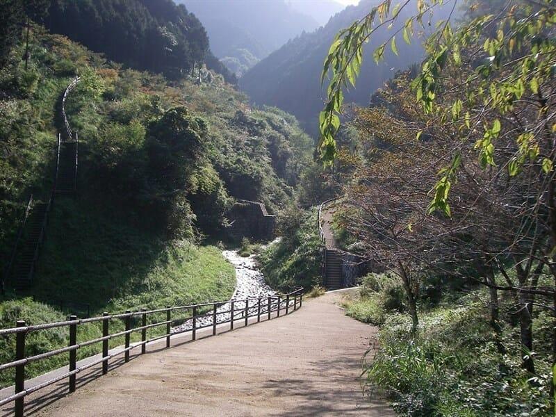 水越峠:水越川