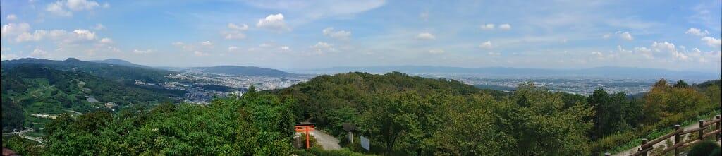 東方向:奈良側の眺望