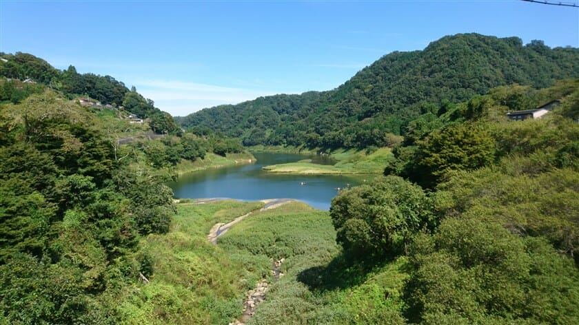 龍王の滝辺りからの、月ヶ瀬湖