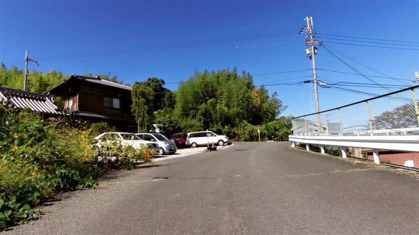 コースを抜けると、R123大和小泉停車場松尾寺線に出る。ここを左折。