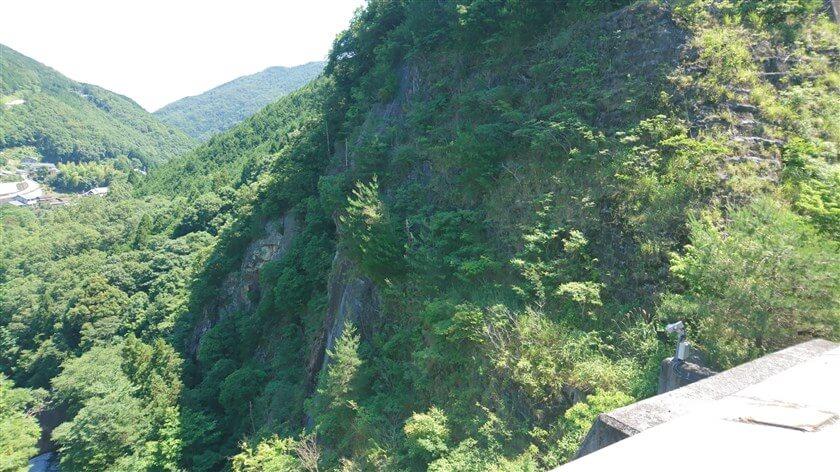 滝畑の磨崖仏