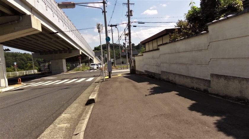 住吉神社 から元来た道を引き返し、国道371号を下って再びR218(府道河内長野かつらぎ線)に入る
