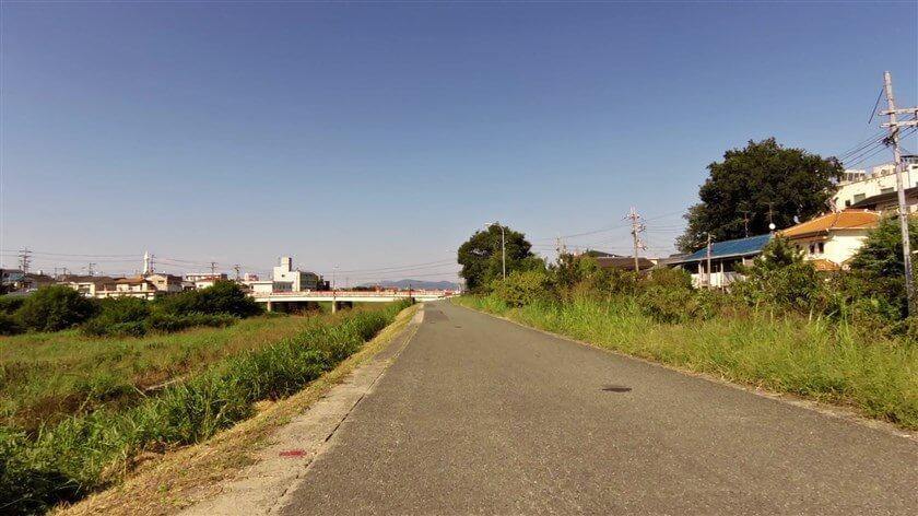 出発地点の、大阪府道202号森屋狭山線の高橋に戻る