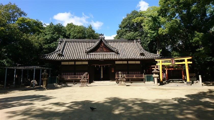 「白鳥神社」本殿
