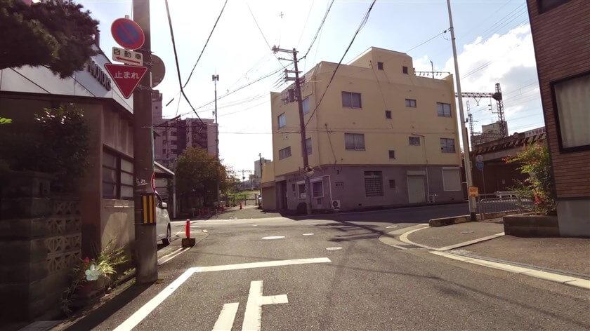 「菊水町の交差点」に出る